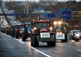 Γαλλία: Τα τρακτέρ στους δρόμους κατά των πολιτικών Μακρόν - Κατευθύνονται προς το Παρίσι (Photos/Video) - Κεντρική Εικόνα