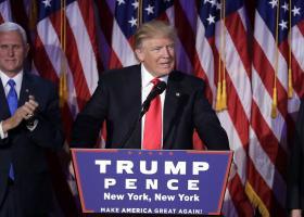Τραμπ: Η Ουάσιγκτον θα πρέπει να αναβαθμίσει το πλαίσιο των διμερών σχέσεών της με το Πεκίνο - Κεντρική Εικόνα