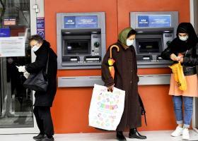 Κορωνοϊός: Ποιες διευκολύνσεις παρέχει κάθε τράπεζα στους ιδιώτες δανειολήπτες - Κεντρική Εικόνα