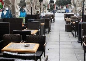 Ο δήμος Αθηναίων ζητά εφάπαξ τα τέλη από του επιχειρηματίες εστίασης   - Κεντρική Εικόνα