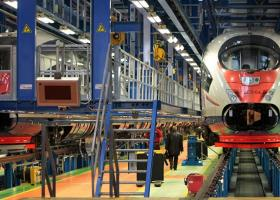 Η Ρωσία αγοράζει τρένα για την σιδηροδρομική γραμμή της Κριμαίας - Κεντρική Εικόνα