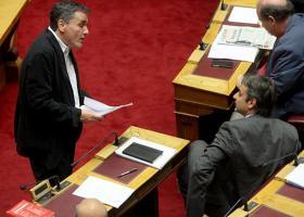 Τσακαλώτος: Ο Κ. Μητσοτάκης θεωρεί «μεγάλη επιτυχία των λαϊκιστών της Ευρώπης» την νίκη του Μακρόν επί της Λεπέν - Κεντρική Εικόνα