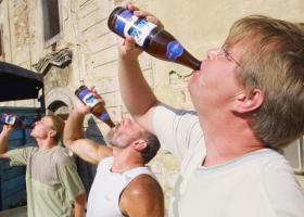 Δε σας πάει ο νους ποια χώρα της Ευρώπης είναι ο πρωταθλητής του αλκοόλ  - Κεντρική Εικόνα