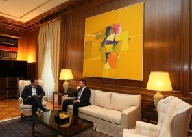 Συνάντηση Τσίπρα- Στουρνάρα, το απόγευμα  - Κεντρική Εικόνα