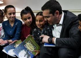 Ο Αλ. Τσίπρας με εκπροσώπους Ρομά: «Δεν υπάρχουν πολίτες, πρώτης, δεύτερης ή τρίτης κατηγορίας» - Κεντρική Εικόνα