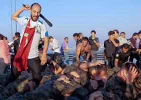 Τουλάχιστον 18.000 άνθρωποι υπό κράτηση στην Τουρκία - Κεντρική Εικόνα