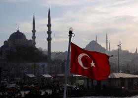 Γυρίζουν την πλάτη στην Τουρκία οι ξένοι επενδυτές, σπεύδουν να αγοράσουν μετοχές οι ντόπιοι - Κεντρική Εικόνα