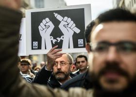 Δικαστικό μπλόκο σε 136 ιστότοπους που επικρίνουν την τουρκική κυβέρνηση - Κεντρική Εικόνα