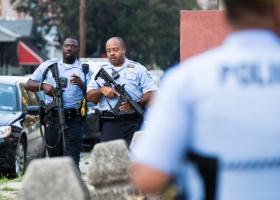 ΗΠΑ: Συνελήφθη ένοπλος που τραυμάτισε έξι αστυνομικούς στη Φιλαδέλφεια - Κεντρική Εικόνα
