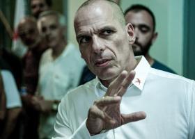 «Τιτιβίσματα» αντάλλαξαν Γιάνης Βαρουφάκης και Ναόμι Κλάιν μετά την επιτυχία του ΜέΡΑ25 - Κεντρική Εικόνα