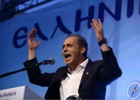 Βελόπουλος: «Ευτυχώς, μας άκουσε η ΝΔ, βγάζει τους αστυνομικούς στους δρόμους» - Κεντρική Εικόνα
