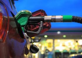 Σε ελεύθερη πτώση το πετρέλαιο - Έλεγχοι για την μηδενική μείωση τιμών στα πρατήρια - Κεντρική Εικόνα