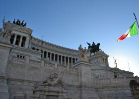 Η απογοήτευση για την απόφαση του Eurogroup έκανε πιο «ακριβά» τα ιταλικά ομόλογα - Κεντρική Εικόνα