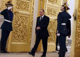 Η αύξηση των ορίων ηλικίας συνταξιοδότησης ρίχνει τη δημοτικότητα Πούτιν - Κεντρική Εικόνα