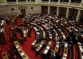 «Πυρ ομαδόν» κατά αναπτυξιακού νόμου από την  αντιπολίτευση - Κεντρική Εικόνα