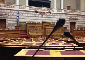 Πέρασε η συμφωνία των Πρεσπών από την επιτροπή της Βουλής  - Κεντρική Εικόνα