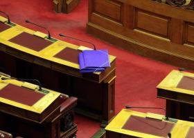 Η εκλογή ΠτΔ στο επίκεντρο της αντιμαχίας των εισηγητών των κομμάτων - Κεντρική Εικόνα