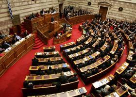 Βουλή: «Ναι» στον εκλογικό νόμο από ΝΔ και Ελληνική Λύση - Καταψηφίζουν τα άλλα κόμματα - Κεντρική Εικόνα