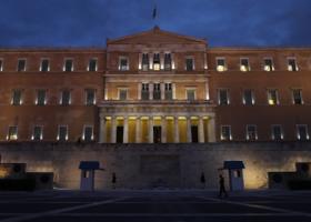 «Βρέχει» τροπολογίες στη Βουλή  - Κεντρική Εικόνα