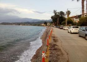 Αχαΐα: Νεκρός αποδείχτηκε ο άνδρας που ανασύρθηκε από τη θάλασσα χωρίς τις αισθήσεις του - Κεντρική Εικόνα
