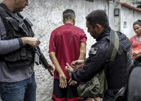 Περισσότεροι από 700 ύποπτοι για ανθρωποκτονίες συνελήφθησαν μέσα σε μία ημέρα - Κεντρική Εικόνα