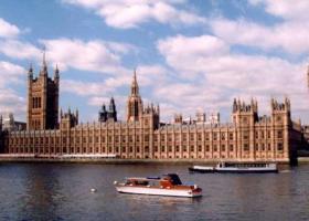 Την Πέμπτη η συζήτηση της συμφωνίας για το Brexit - Πέντε τροπολογίες προς ψήφιση - Κεντρική Εικόνα