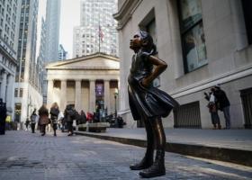 Έσπασε το φράγμα των 27.000 μονάδων ο Dow Jones, για πρώτη φορά στην ιστορία του - Κεντρική Εικόνα