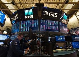 Ανθεκτική η Wall Street απέναντι στην πολιτική κρίση της Ουάσινγκτον - Κεντρική Εικόνα