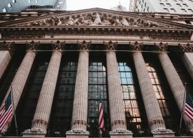 Με ανοδικές τάσεις έκλεισε απόψε η Wall Street - Κεντρική Εικόνα