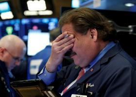 Τρίτη διαδοχική πτώση στη Wall Street - Κεντρική Εικόνα