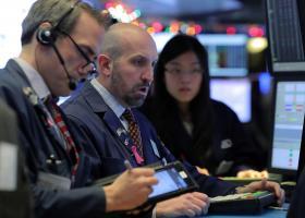 Προς την πρώτη εβδομαδιαία πτώση σε διάστημα επτά εβδομάδων οδεύουν οι μετοχές στις παγκόσμιες αγορές  - Κεντρική Εικόνα