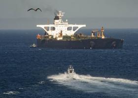 WSJ: Ελληνικές εταιρείες αρνούνται να εξυπηρετήσουν το ιρανικό τάνκερ - Κεντρική Εικόνα