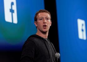 Τρία δισ. δολάρια μέσα σε μια ημέρα έχασε ο ιδρυτής του Facebook - Κεντρική Εικόνα