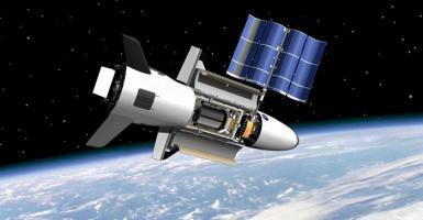 Αγώνας δρόμου των μεγάλων δυνάμεων για τη Σελήνη - Κεντρική Εικόνα