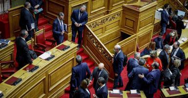 Πέρασε με 158 «ναι» ο προϋπολογισμός εν μέσω πυρών από την αντιπολίτευση - Κεντρική Εικόνα
