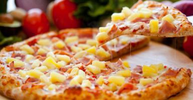 «Εφυγε» ο Έλληνας που είχε την έμπνευση για τη «χαβανέζικη» πίτσα  - Κεντρική Εικόνα