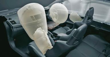 Πέντε συχνά λάθη που κάνουν τον αερόσακο θανατηφόρο (photos) - Κεντρική Εικόνα