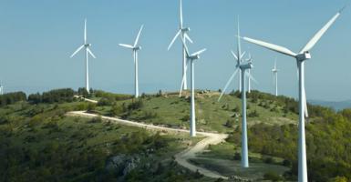 Επενδυτικό ενδιαφέρον και γραφειοκρατία για τις Ανανεώσιμες Πηγές - Κεντρική Εικόνα