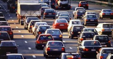 Υποχρεωτικό το eCall σε όλα τα αυτοκίνητα εντός ΕΕ για μείωση των τροχαίων - Κεντρική Εικόνα