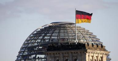Γερμανία: Δεν τα βρίσκουν στην «επιτροπή σοφών» για τα κορωνο-ομόλογα - Κεντρική Εικόνα