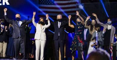 ΗΠΑ: Το Κογκρέσο επικύρωσε την εκλογική νίκη Μπάιντεν (Video) - Κεντρική Εικόνα