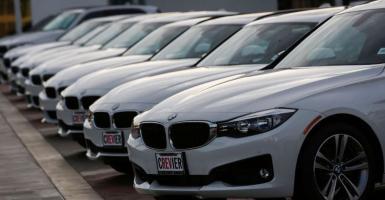 Η BMW ανακαλεί 1 εκατ. οχήματα δημοφιλών σειρών της (video) - Κεντρική Εικόνα