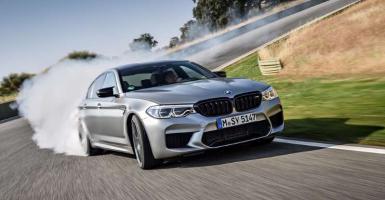 BMW M5 Competition: Η ζωή στα 307 km/h (Video) - Κεντρική Εικόνα