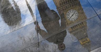 Διαβουλεύσεις Μέι και Γιούνκερ για το Brexit - Κεντρική Εικόνα