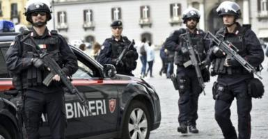 Ο Μ. Σαλβίνι λέει ότι θα στείλει αστυνομικούς στα σύνορα με τη Γαλλία - Κεντρική Εικόνα