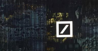 Deutsche Bank: Επιτάχυνση της μείωσης των NPLs των ελληνικών τραπεζών στο δ' τρίμηνο - Κεντρική Εικόνα
