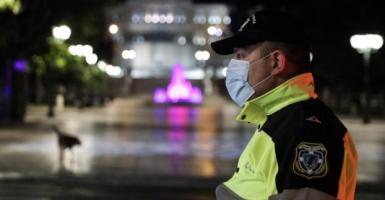 Με μέτρα Χριστουγέννων και η Πρωτοχρονιά – Χιλιάδες αστυνομικοί στους δρόμους, αυστηροί έλεγχοι - Κεντρική Εικόνα