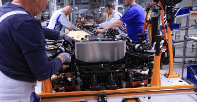 Γερμανία: Φόβοι για απώλεια ως 410.000 θέσεων εργασίας από τη στροφή στα ηλεκτρικά οχήματα - Κεντρική Εικόνα