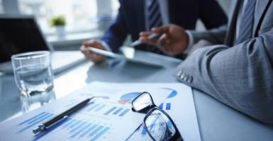 Fast track ταξιδιωτικές θεωρήσεις (Visas) για ξένους επιχειρηματίες ετοιμάζει το ΥΠΕΞ - Κεντρική Εικόνα