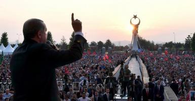 Liberation: Μα ποιος τέλος πάντων θα σταματήσει τον Ερντογάν; - Κεντρική Εικόνα